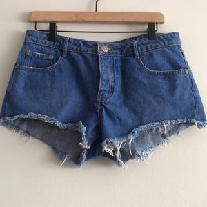 Cotton On The Frayed Mid Rise Denim Shorts Size 7